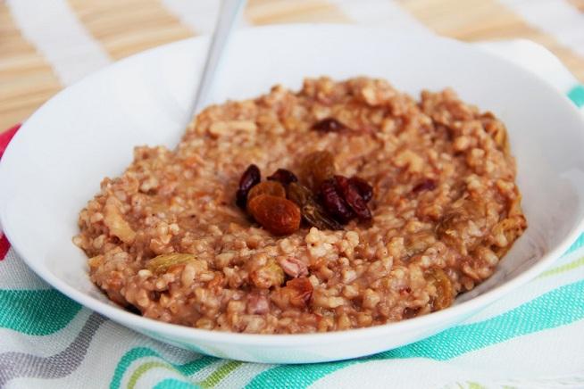 דייסת בוקר מ - steel cut oats, שווה במיוחד! צילום: קרן ביטון כהן