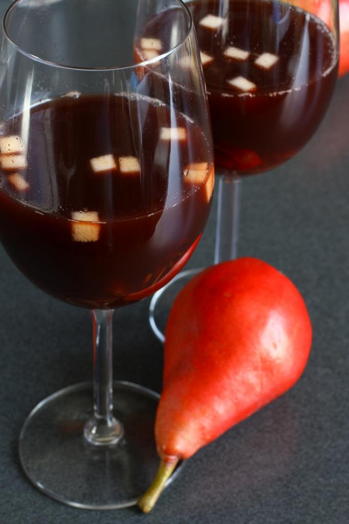 משקה אלכוהולי ומתובלן, מושלם לאירוח. צילום: מאיר בולקה