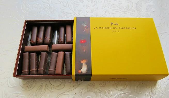 ואפילו פונקתי בשוקולדים מפריז. בטעם ירקות. מקולקציה חדשה שעדיין לא יצאה לשוק! :) צילום: שרון היינריך