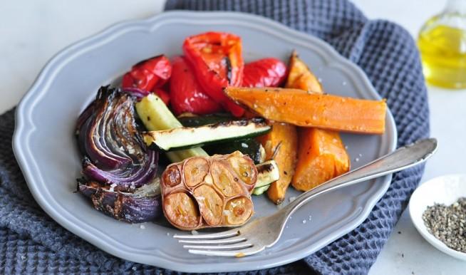 אנטיפסטי - ירקות אפויים בתנור. צילום: רות אופק