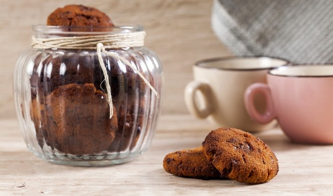 עוגיות קוקוס ושוקולד צ'יפס צילום אסף אמברם