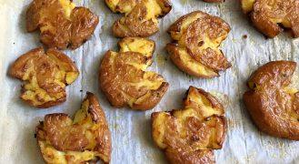 מדריך להכנת תפוחי אדמה בתנור פריכים וזהובים