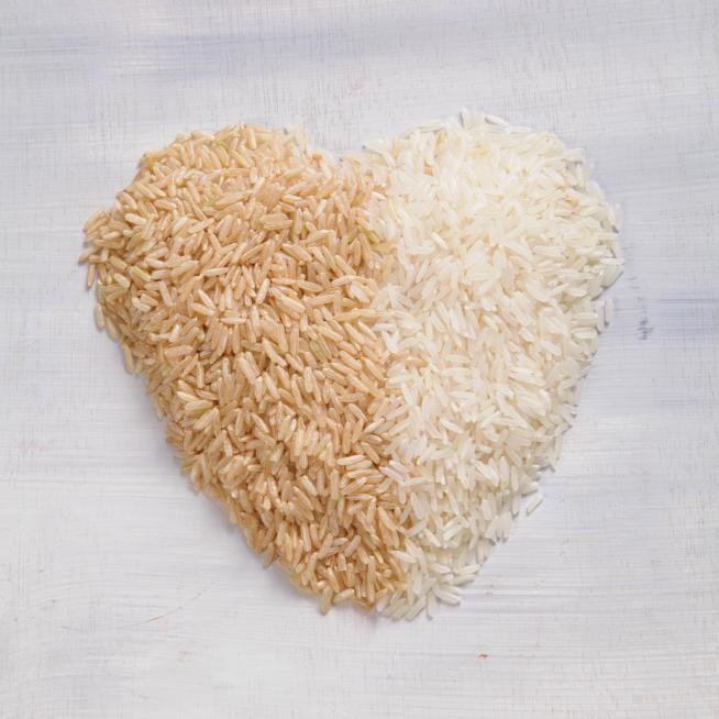אורז מלא ואורז לבן. צילום: אסף אמברם