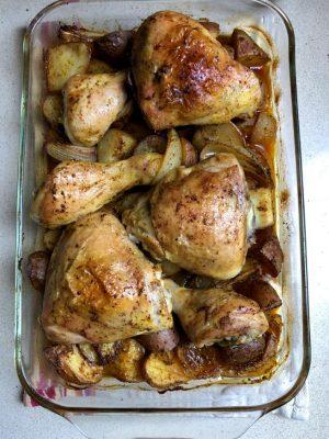 עוף בתנור עם תפוחי אדמה