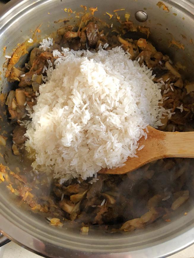 אורז פטריות וערמונים