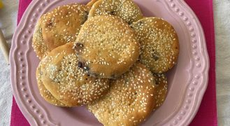 בעבע בתמר של סבתא חנה: עוגיות תמרים עיראקיות