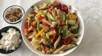מתכון סלט פסטה צבעוני עם המון ירקות